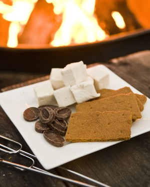 Farmhouse Inn Smores
